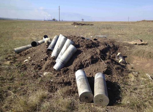 Картриджы от артиллерийских снарядов возле Старобешевого (с) Мария Цветкова