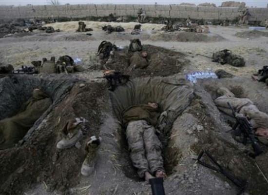Фото американских пехотинцев из Афганистана представляется как актуальные события в Украине