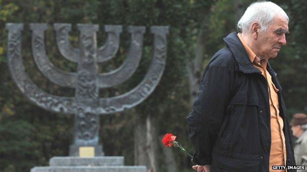 Menorah monument at the Babi Yar memorial