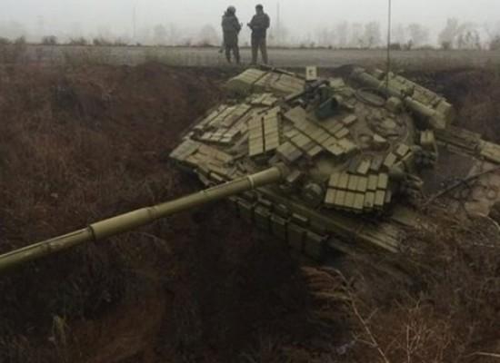 Фейк: антироссийский ров «поймал» украинские танки
