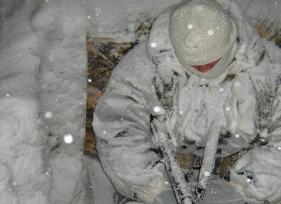 Фотофейк: украинские солдаты, спящие в сугробах