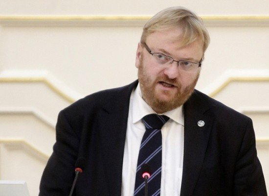 Депутат Милонов просит Роскомнадзор признать в РФ Charlie Ebdo экстремистским изданием