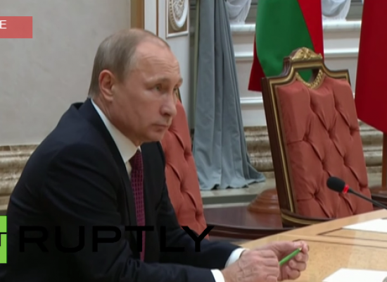 Fake: Putin Breaks Pencil During Minsk Talks