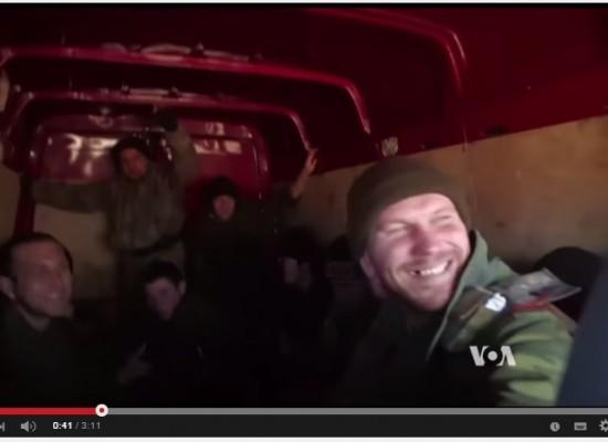 Журналист «Голоса Америки» представил российских донских казаков как украинских «ополченцев»