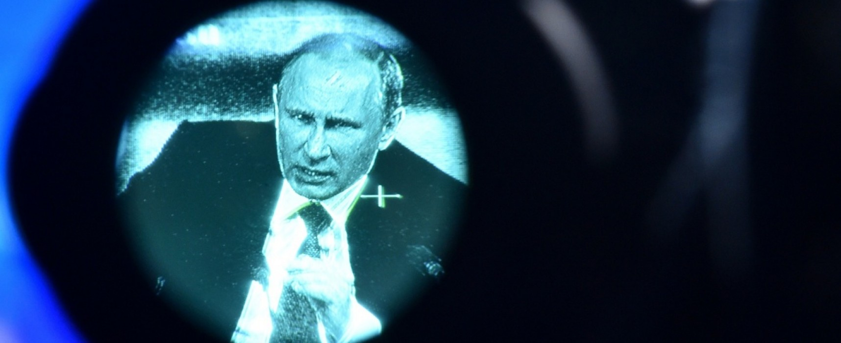 Россияне не верят пропаганде, но хотят быть великой страной — The Guardian