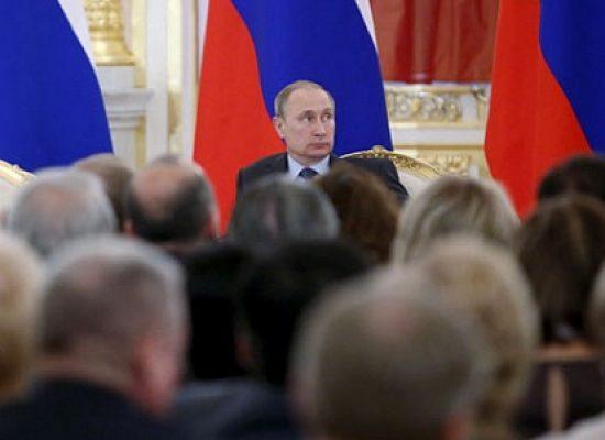 Карт-бланш. Внешняя политика заменила россиянам реальные проблемы государства