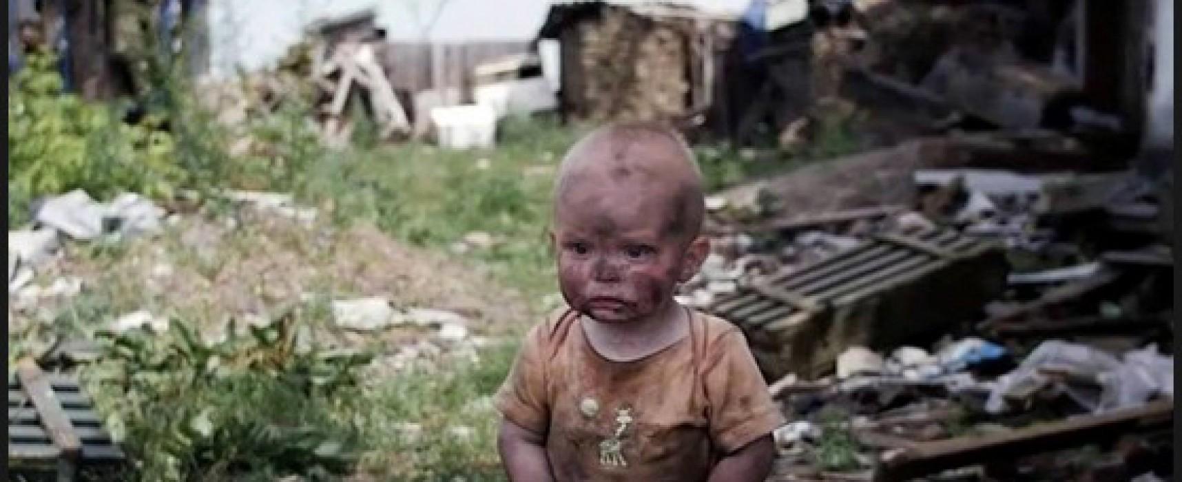 Снимката с момченцето от Донбас, което търси майка си, е постановъчна