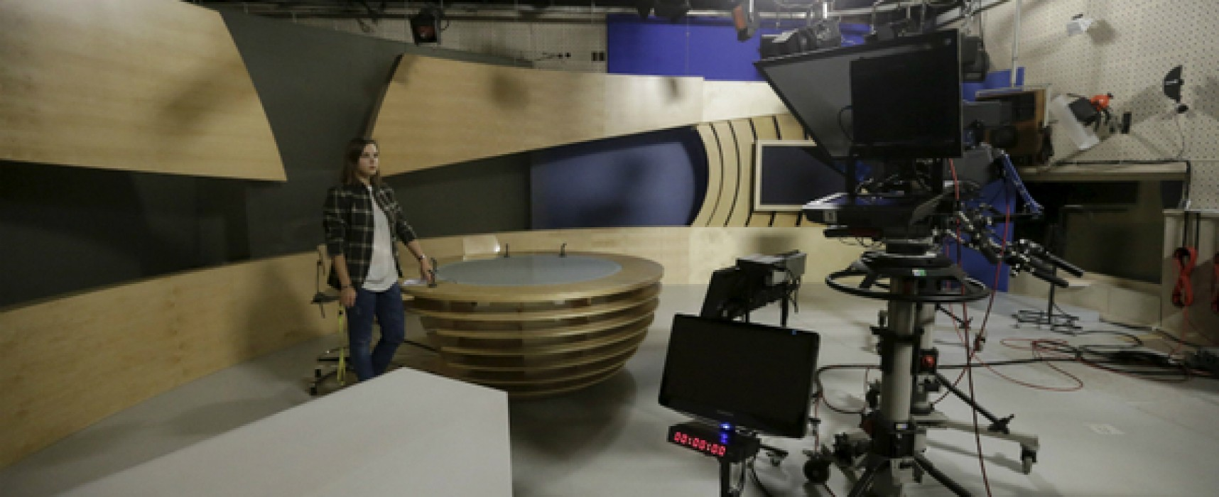 To combat Kremlin's message, West gets into Russian broadcasting biz