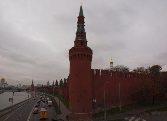 Монополия на правду: Почему Кремль предпринимает такие усилия, чтобы прямо не реагировать на запрос снизу