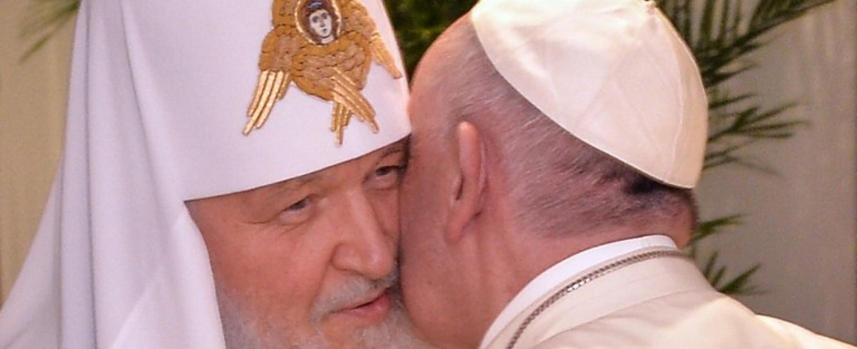 Comité Ukraine: Le pape est-il allé à La Havane ou à Canossa ?