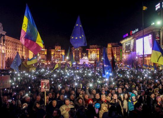 Andreas Umland: Hervormingen onder extreme omstandigheden: Hoe de hybride oorlog van het Kremlin tegen Oekraïne de Maidanrevolutie schaadt