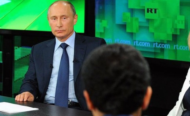 Vladimir_Putin_-_Visit_to_Russia_Today_television_channel_10