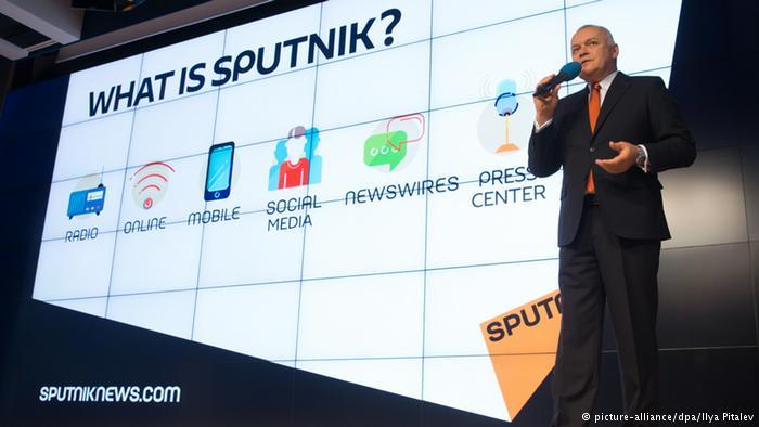 Dmitry Kiselev en la presentación de la agencia Sputnik Sputnik
