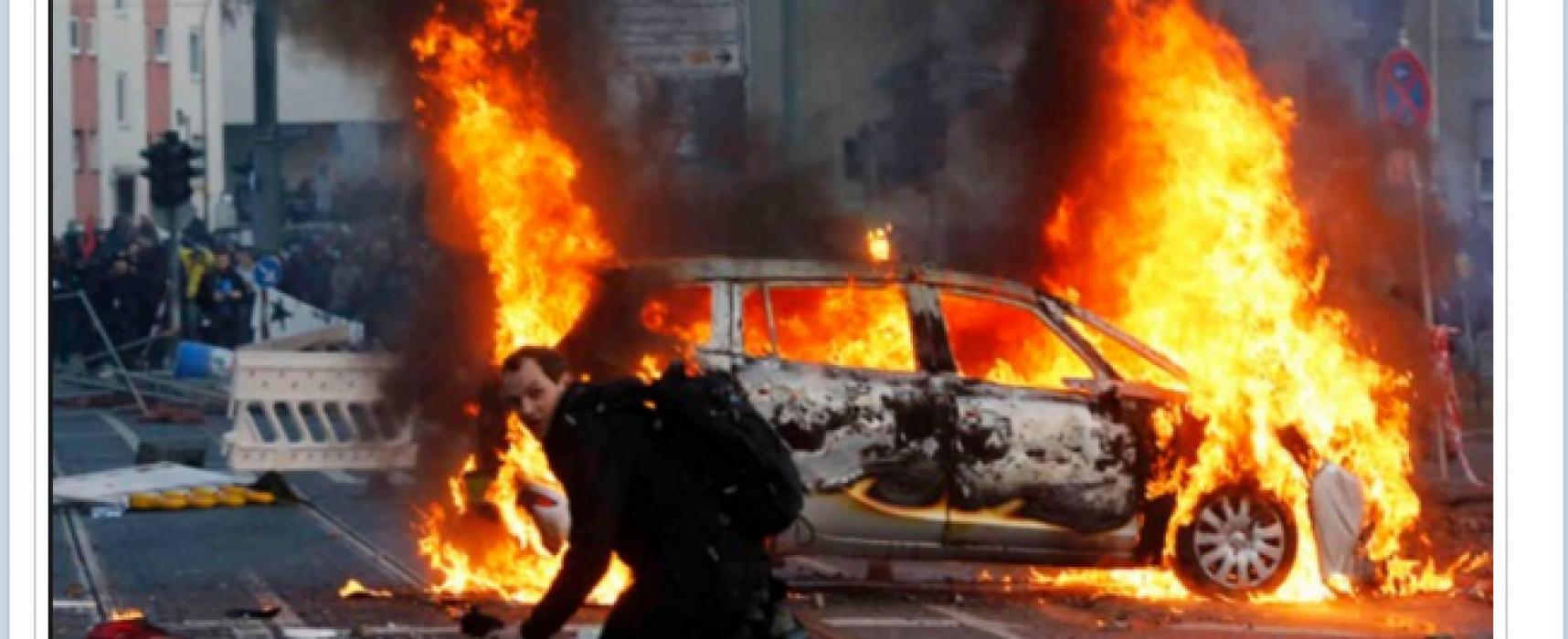 Fake: Anti-NAVO-protesten zetten Bratislava in brand