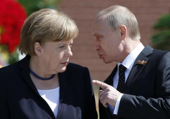 Ангела Меркель и Владимир Путин. Фото Reuters/Scanpix
