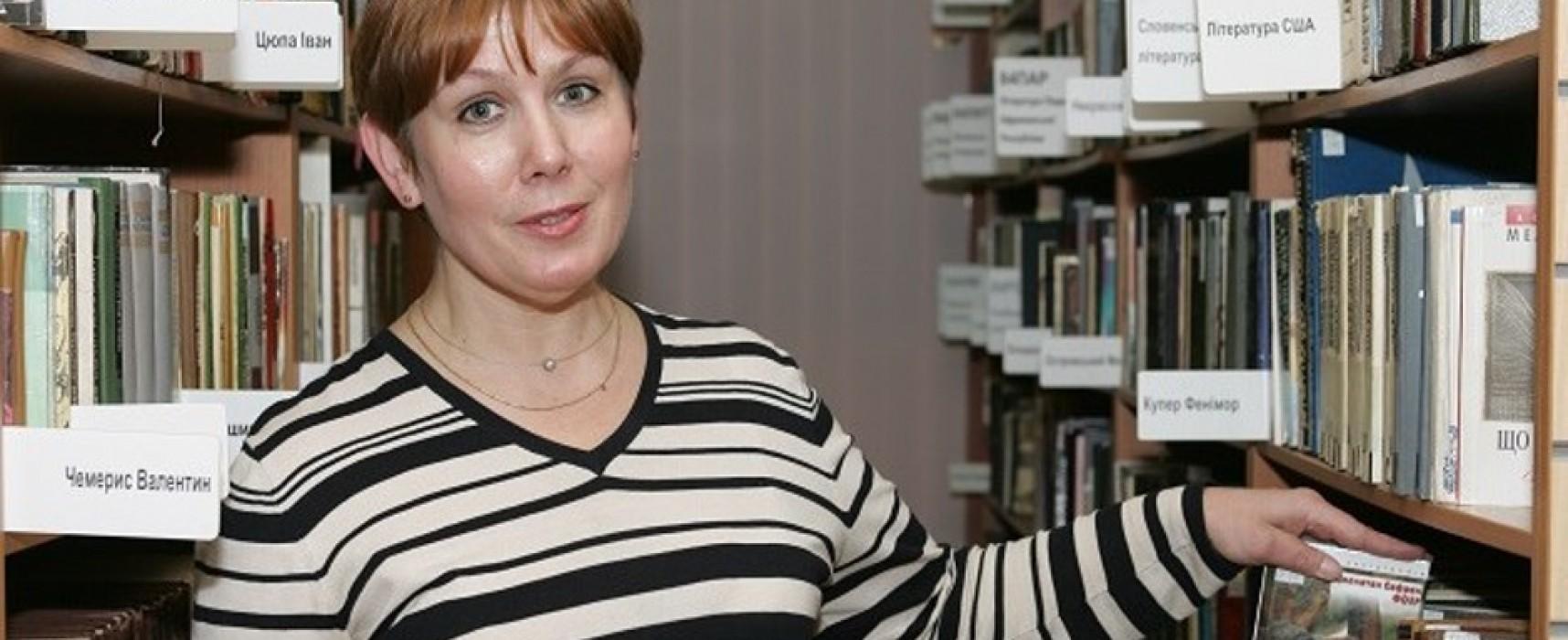 Amnistía: Bibliotecaria detenida en Rusia por tener «libros extremistas»