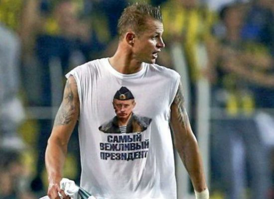 Multa de 5.000 euros por mostrar una camiseta con la imagen de Putin