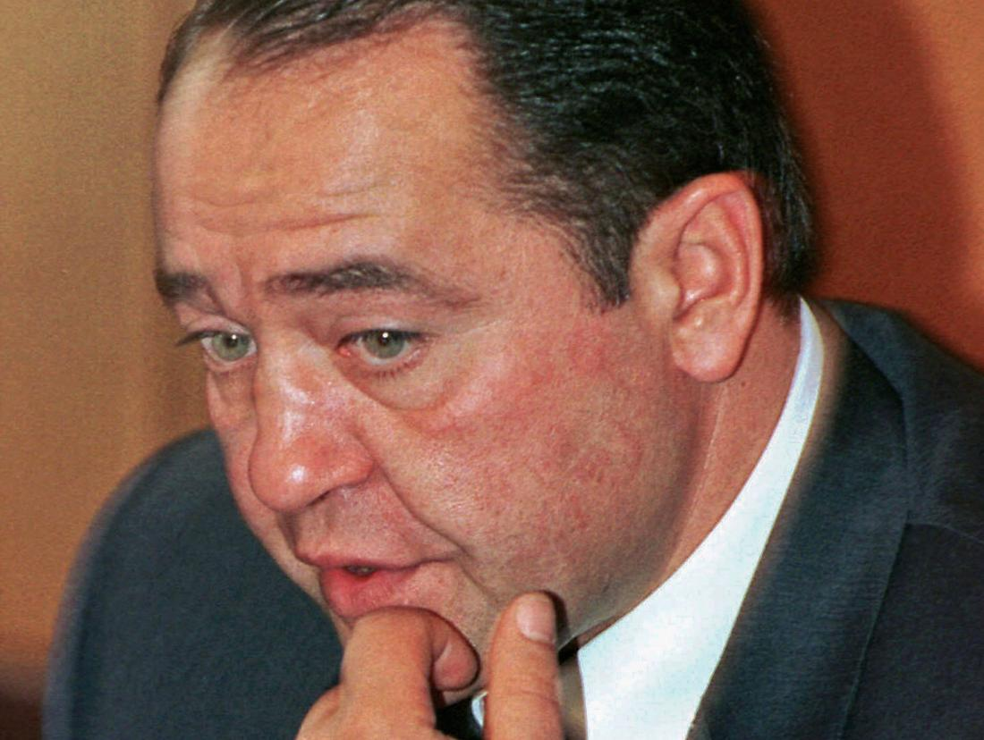 Former Russian Media Minister Mikhail Lesin gestures during a news conference in Moscow, Sept. 20, 2000. Lesin, who once headed state-controlled media giant Gazprom-Media, died of blunt force injuries to the head last year in Washington, authorities said March 10, 2016. Stringer—Reuters