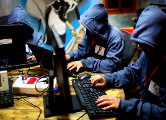 Россия ведет «гибридную войну» против Польши — аналитики