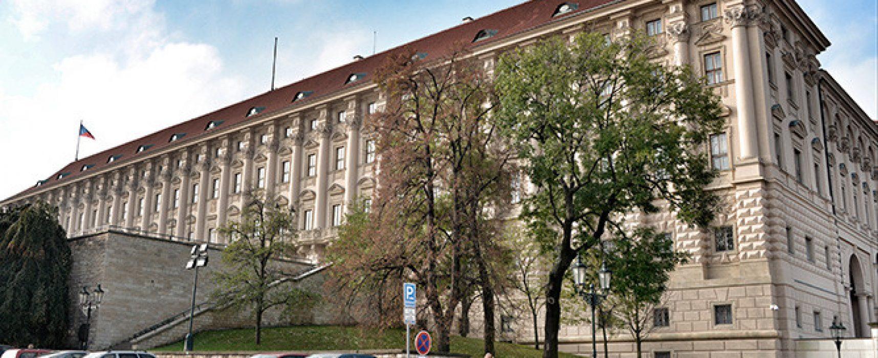 Чехия отказала в аккредитации двум российским журналистам