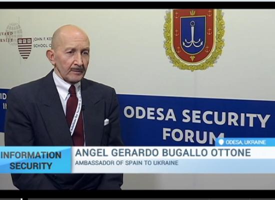 Embajador de España: La meta principal de la propaganda es crear confusión