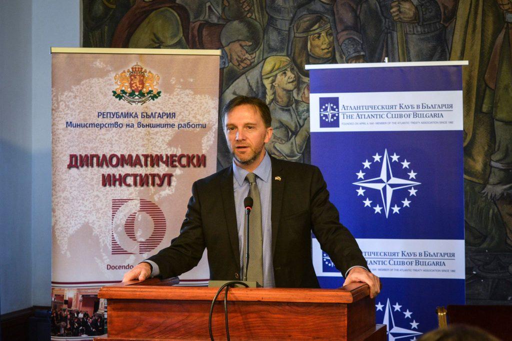 Стивън Меринджър/сн.Facebook Български дипломатически институт