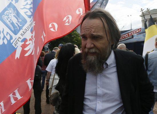 Главреда телеканала «Царьград» Александра Дугина не пустили в Евросоюз