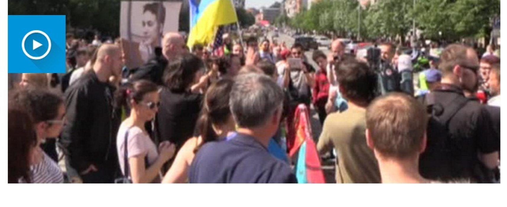 Fake: Enkel Oekraïners protesteren tegen Russische motorclub 'Nachtwolven'