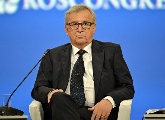 Tormenta política en la UE por la visita de Juncker a Putin