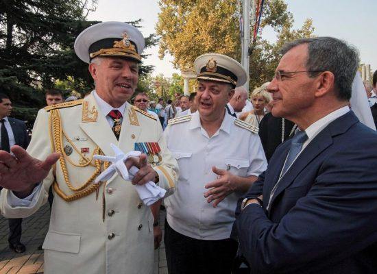 Le voyage de parlementaires français en Crimée condamné par l'Ukraine