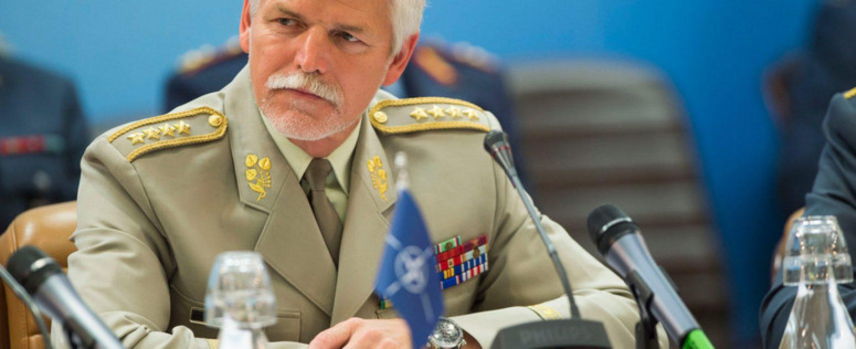 Hlavní hrozby dneška: Asertivní Rusko a islámský terorismus, říká Petr Pavel