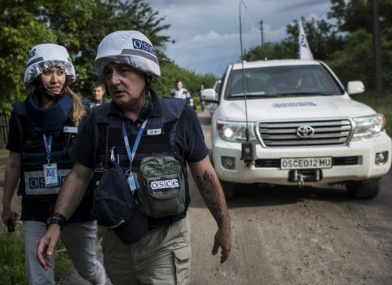 «Nous avons vu des combattants qui portaient des insignes de l'armée russe»