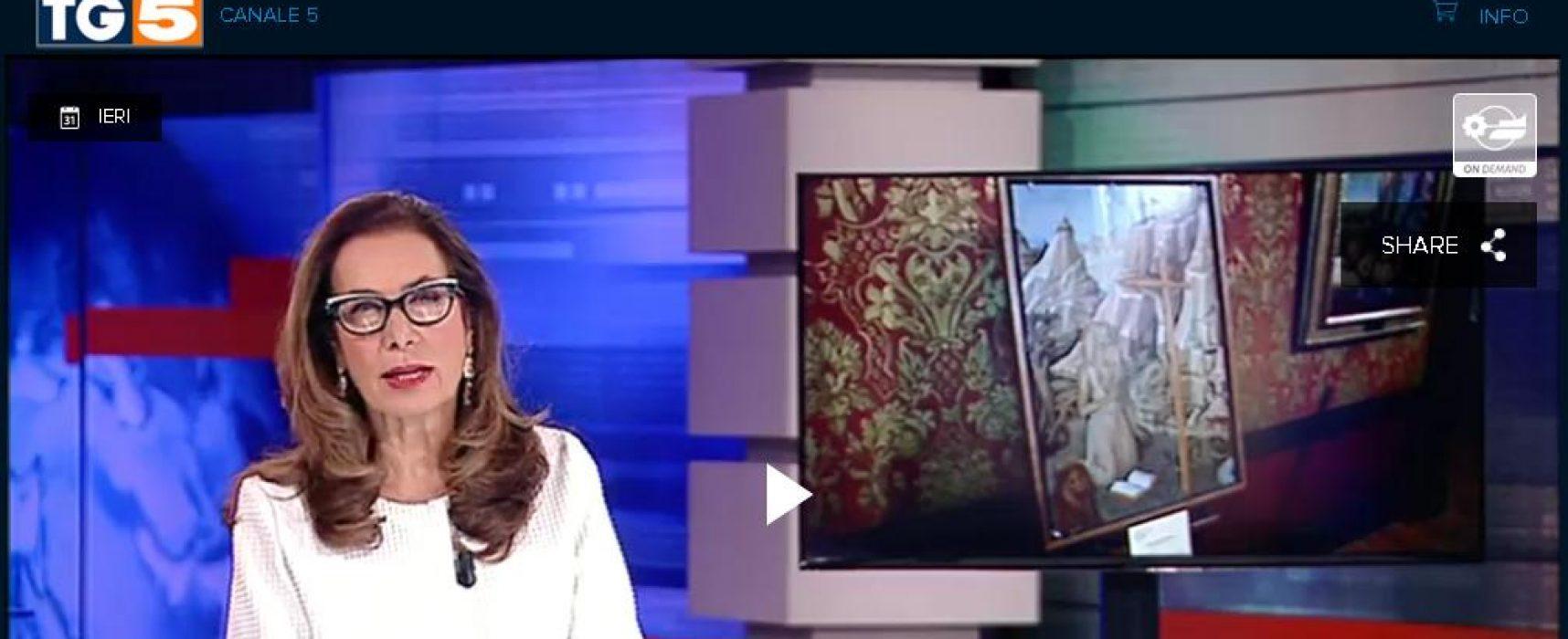 TG5 quadri di Castelvecchio rubati dagli ucraini (Fake)