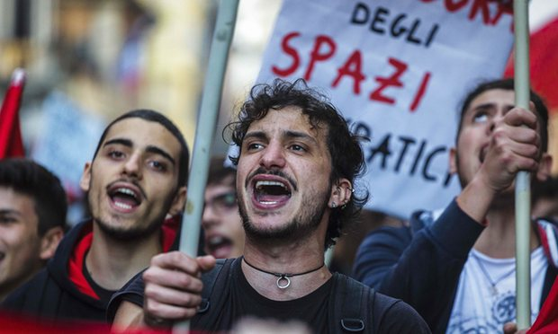 People supporting the 'no' side on the upcoming constitutional referendum take to the streets in Rome. Photograph: Pacific Pres/Rex/Shutterstock