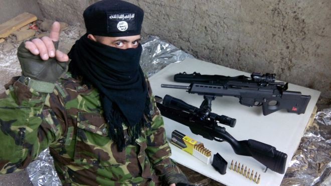 """Saludos a los kfires de Novorossiya"" (kafir es infiel en Islam)"