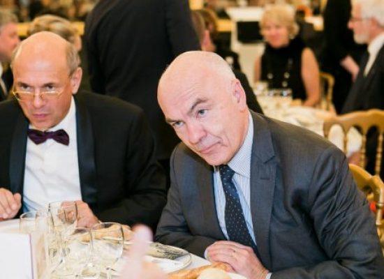 Convergence des réseaux du Kremlin en France