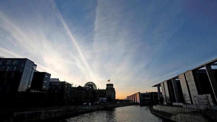 Das Berliner Regierungsviertel – Schauplatz eines Informationskrieges? © Fabrizio Bensch/Reuters