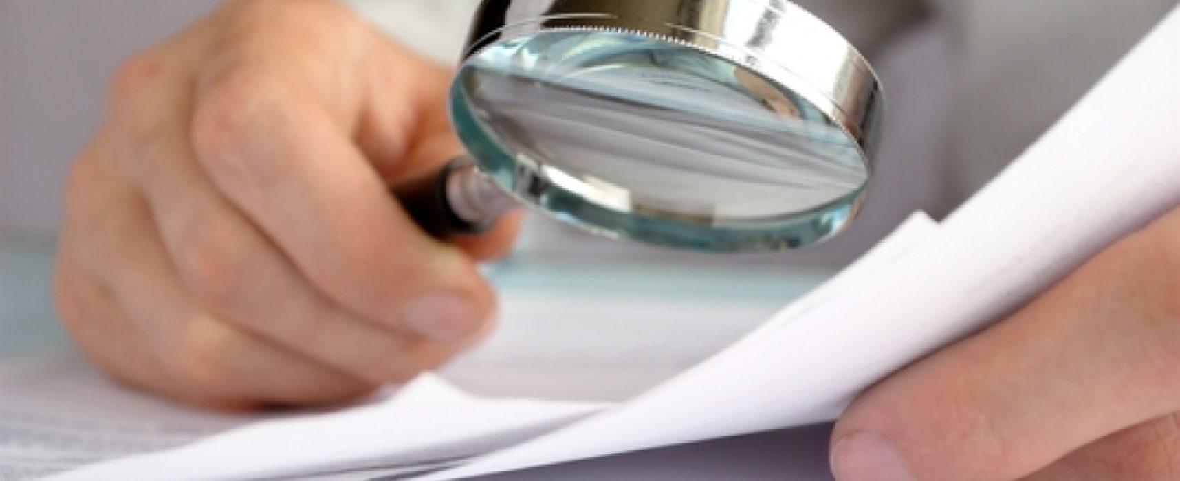 Cómo desacreditar declaraciones falsas por tu cuenta