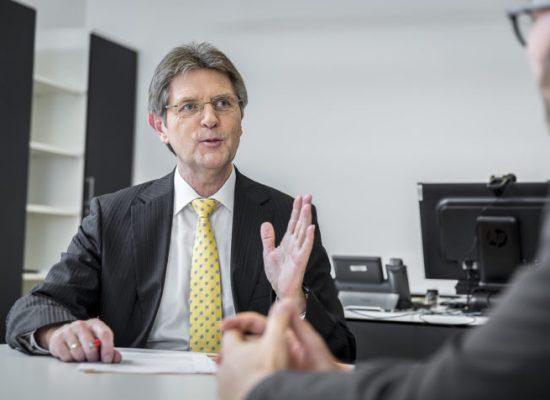 Deutschlands IT-Beauftragter über Cyber-Attacken, den Bundestagswahlkampf und Russland