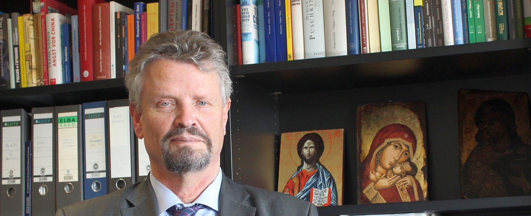 """""""Ein eingefrorener Konflikt gibt Russland einen Hebel, um auf die ukrainische Politik einzuwirken"""", Gernot Erler"""