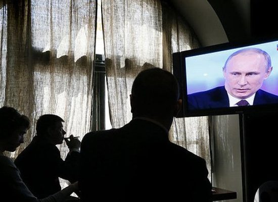 """Jak nie zostać """"pożytecznym idiotą"""" Kremla: strategia wojen medialnych"""