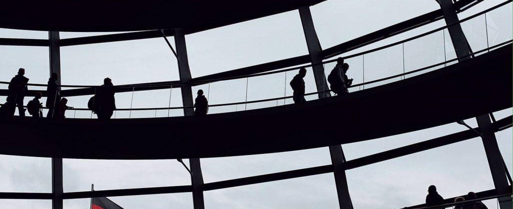Russischer Sturm auf den Bundestag – Einflussversuche des Kreml vor der Wahl