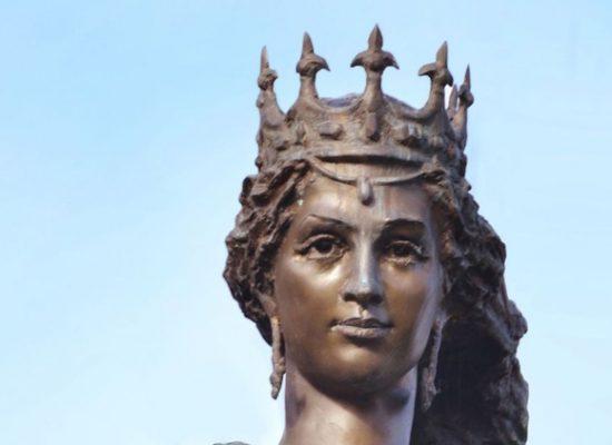 L'Histoire mise au service de la politique russe: la métamorphose d'Anne de Kiev (Anna Yaroslavna) en «Anne de Russie»