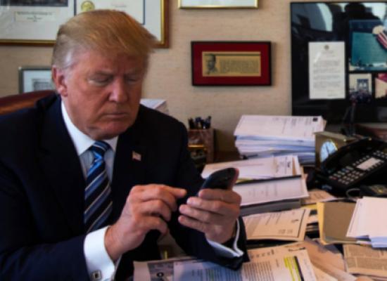 WP: Трамп общается в твиттере с российскими ботами