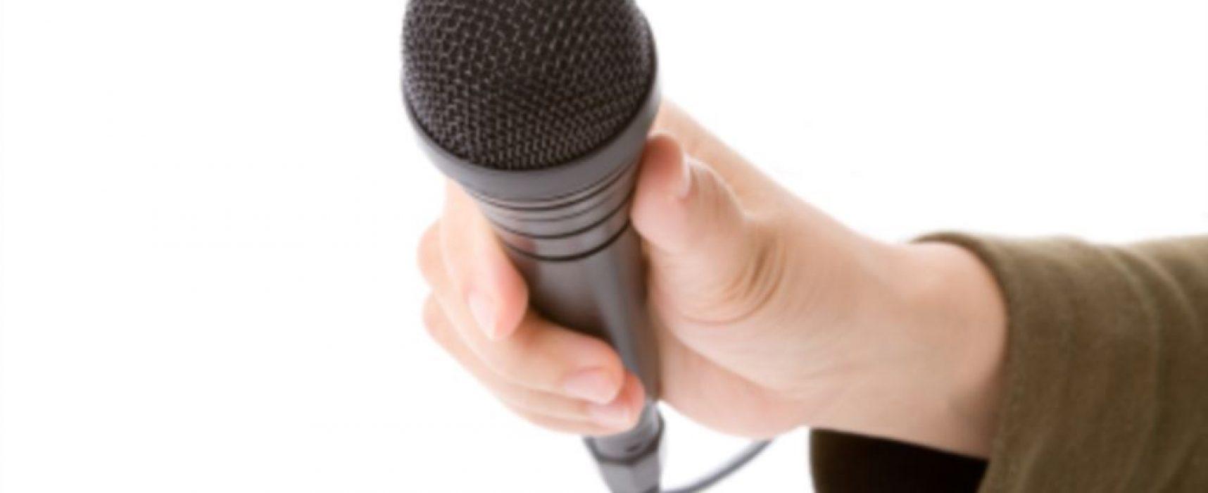 «Чтобы не взболтнули лишнего»: в Севастополе чиновникам запретили общаться со СМИ напрямую