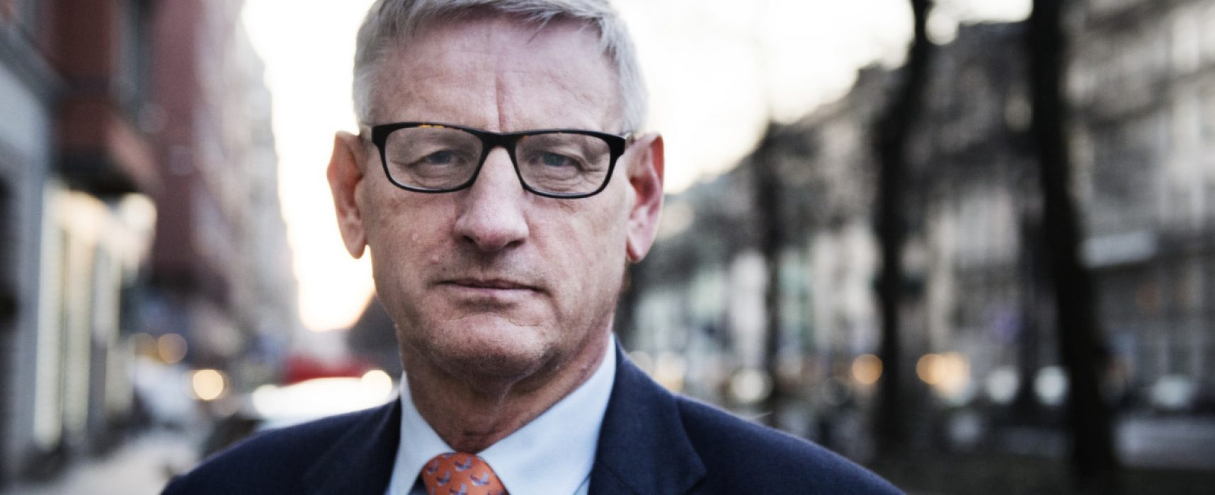 Carl Bildt considera las comparaciones de Crimea y Cataluña como especulaciones de la propaganda rusa