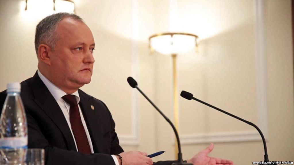 Додон пояснил ситуацию с«отзывом» посла Молдавии вРФ