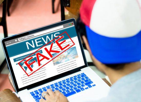 Mladí vývojáři hledali nástroje proti fake news. Vyhrála aplikace do prohlížeče