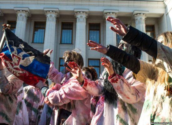 Успеть за три минуты: четыре приема луганской пропаганды