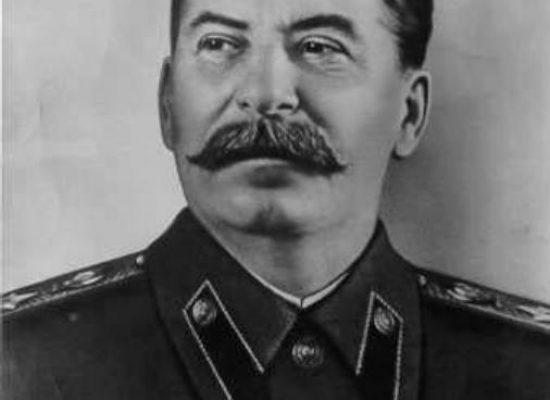 Stalin byl normální a v gulagu se moc neumíralo, zaznělo v ČT. Experti se zlobí, rada trestat nebude